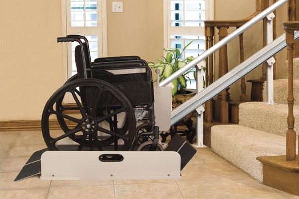 Equipo de elevación para silla de ruedas